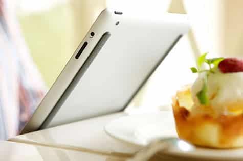 Bluelounge debuts Kicks for iPad
