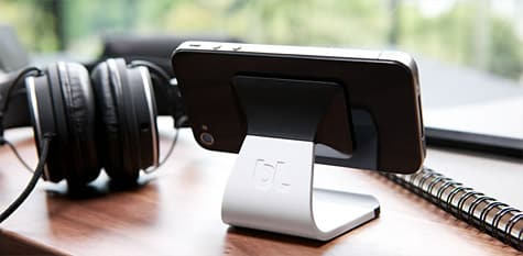 Bluelounge debuts Milo stand for iPhone, iPod