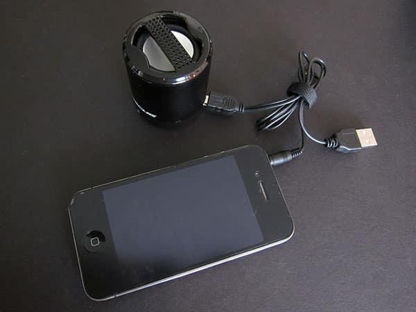 Preview: Scosche boomCan Portable Media Speaker