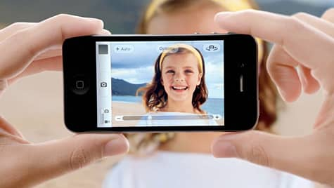 Apple airs trio of new iPhone 4S ads