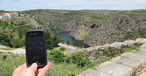 Photo of the Week: iPhone in Portugal