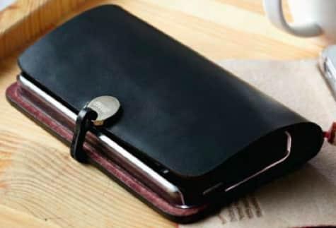 Evouni debuts iPhone 5 cases