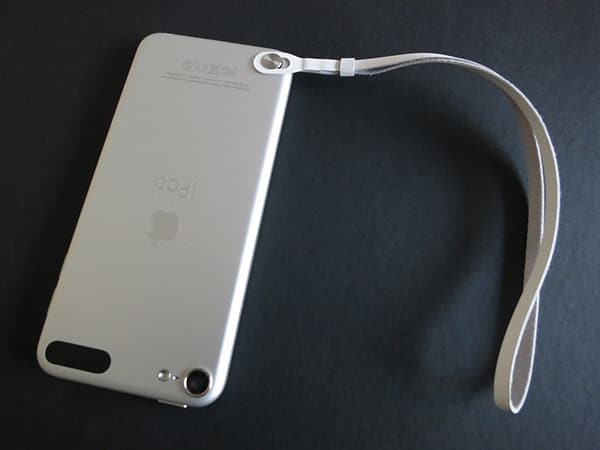 First Look: Apple iPod touch loop