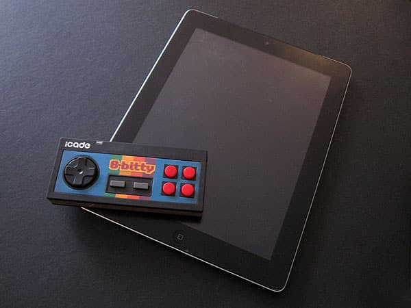 Review: ThinkGeek iCade 8-Bitty Game Controller