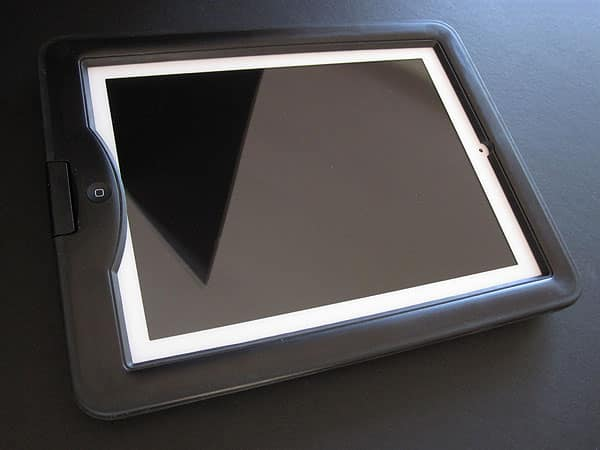 Review: LifeProof Nüüd Case + Accessories for iPad 2, iPad (3rd/4th-Gen)