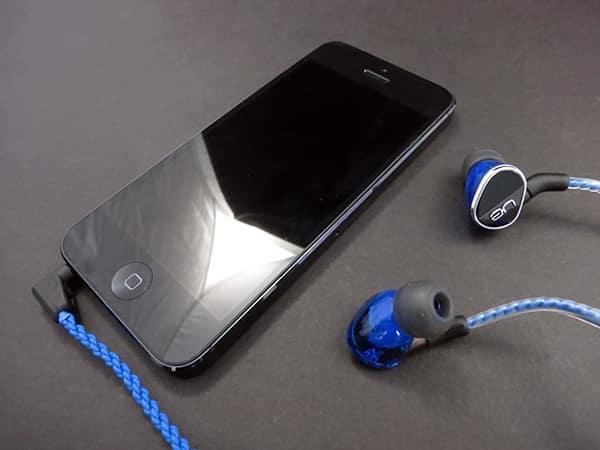 Review: Logitech UE Ultimate Ears 900 Noise-Isolating Earphones