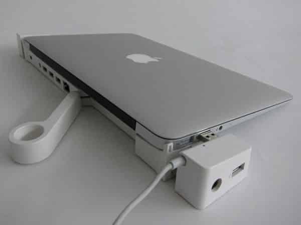 InfiniWing LandingZone Docking Station for MacBook Air
