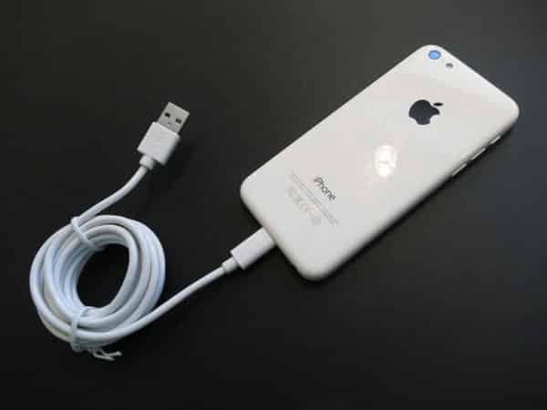 Review: CableJive iBoltz XL 2m Lightning to USB Sync and Charge Cable