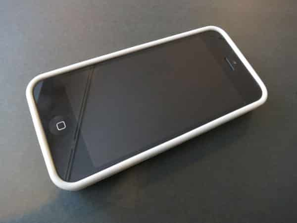 Review: Macally Hard-Shell Case with Stand for iPhone 5c