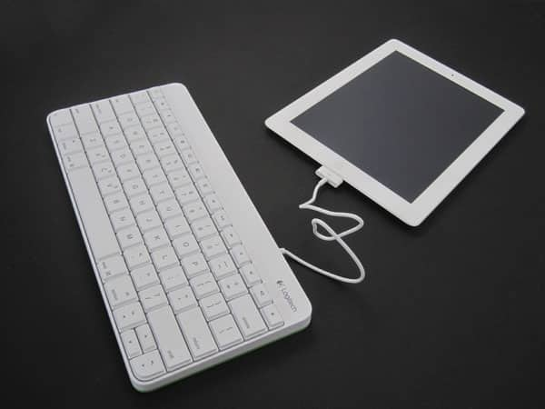 First Look: Logitech Wired Keyboard for iPad
