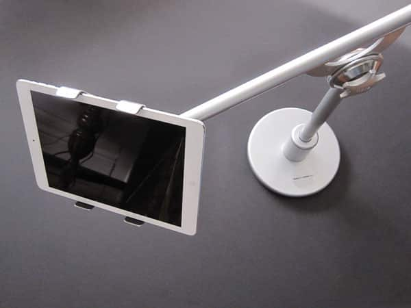 Review: Flote Desktop Stand for iPad