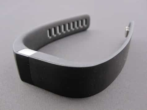 Fitbit pulls, recalls Force fitness tracker