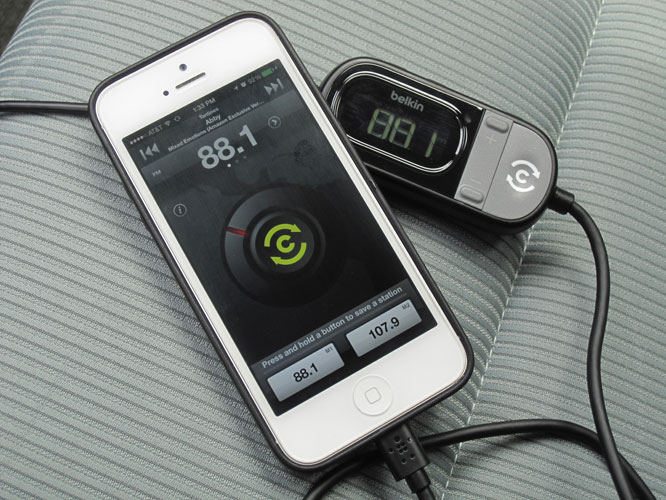 Review: Belkin TuneCast Auto Live with Lightning Connector