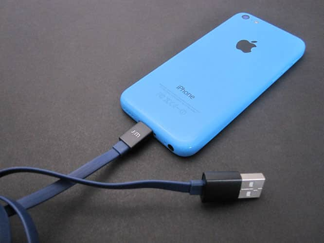 Review: Just Mobile AluCable Flat