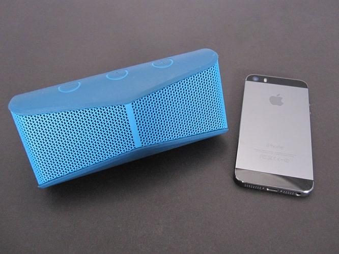 Review: Logitech X300 Mobile Wireless Stereo Speaker