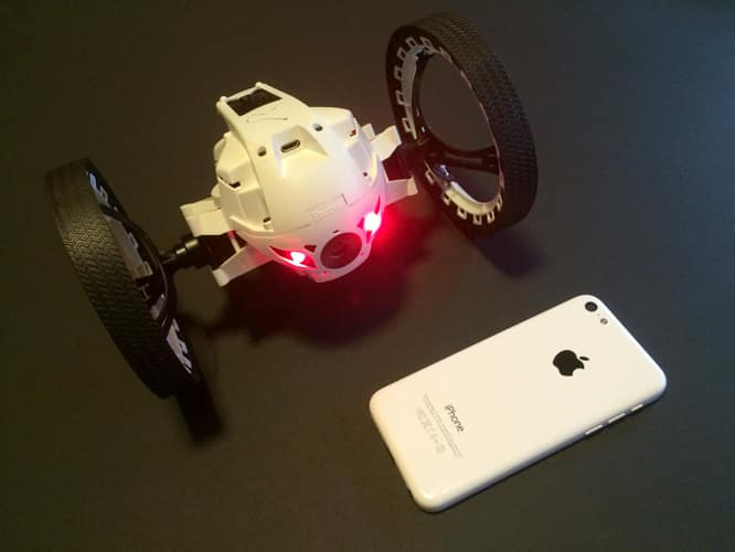 Review: Parrot Minidrone Jumping Sumo