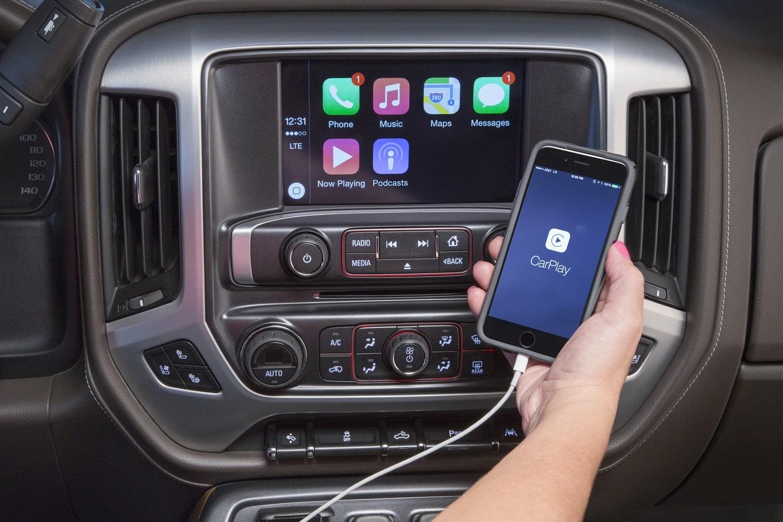 Buick, GMC bringing CarPlay to select 2016 models