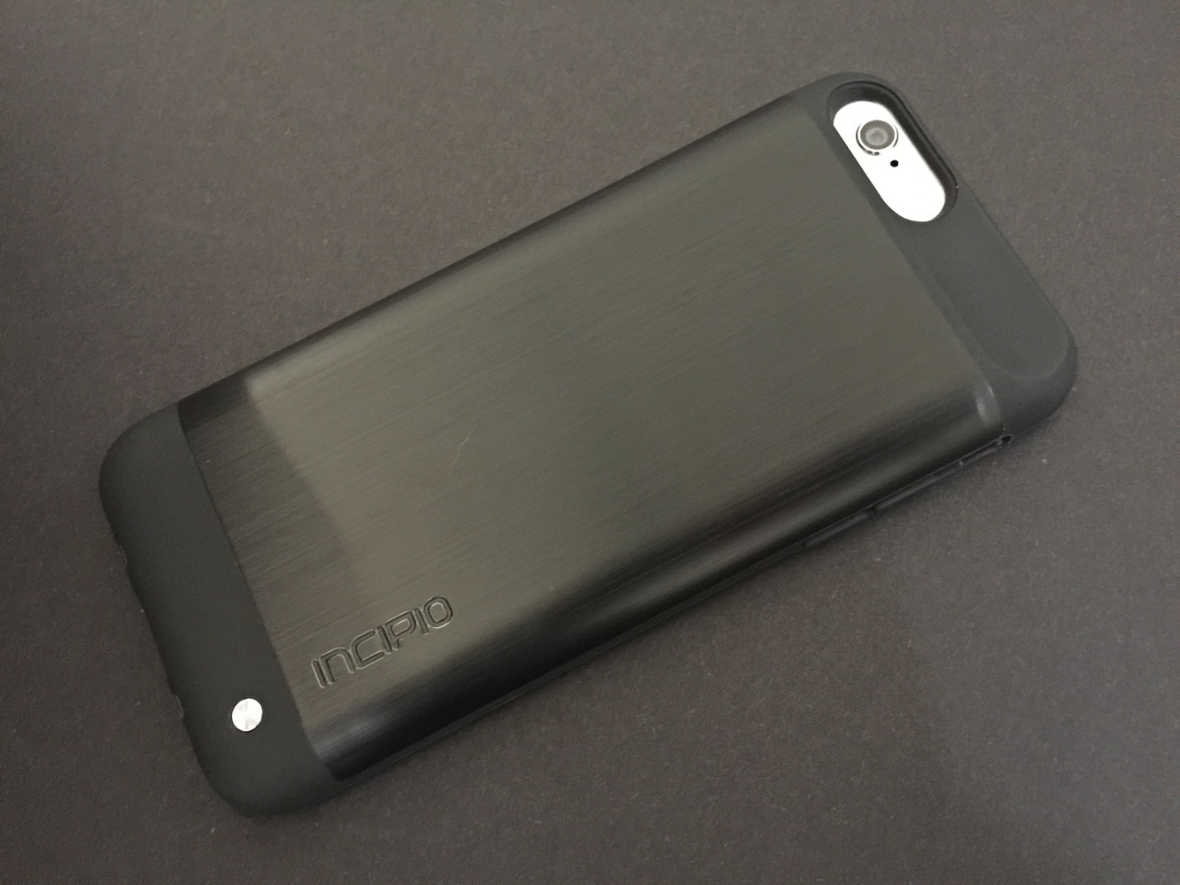 Review: Incipio Ghost Qi for iPhone 6