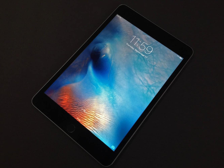 iPad mini 4: Unboxing + comparison photos