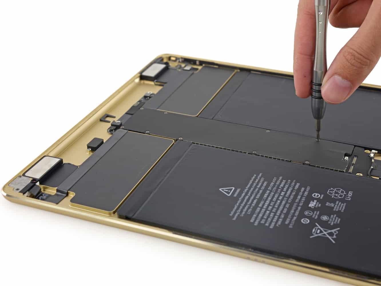 iFixit posts iPad Pro teardown
