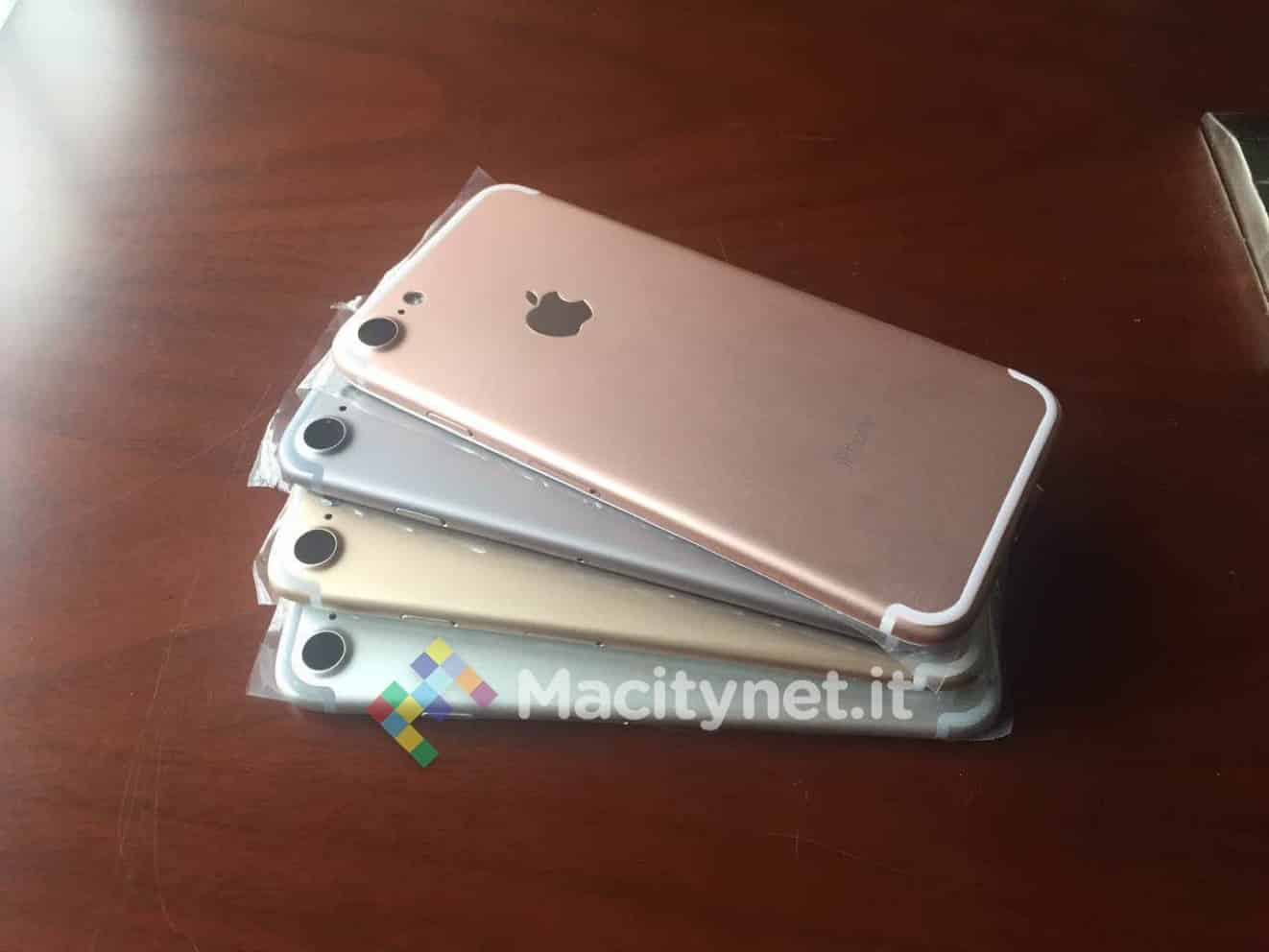 Prototype iPhone 7 molds reveal no change to color options?