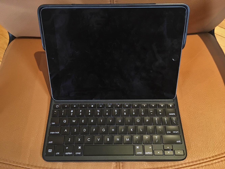 """Review: Logitech Create 9.7"""" iPad Pro Keyboard Case"""