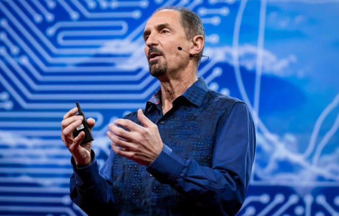 Apple executive talks using AI to boost human memory