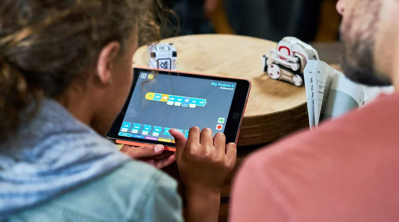 Anki releasing Code Lab addition to Cozmo app to teach kids to program robots