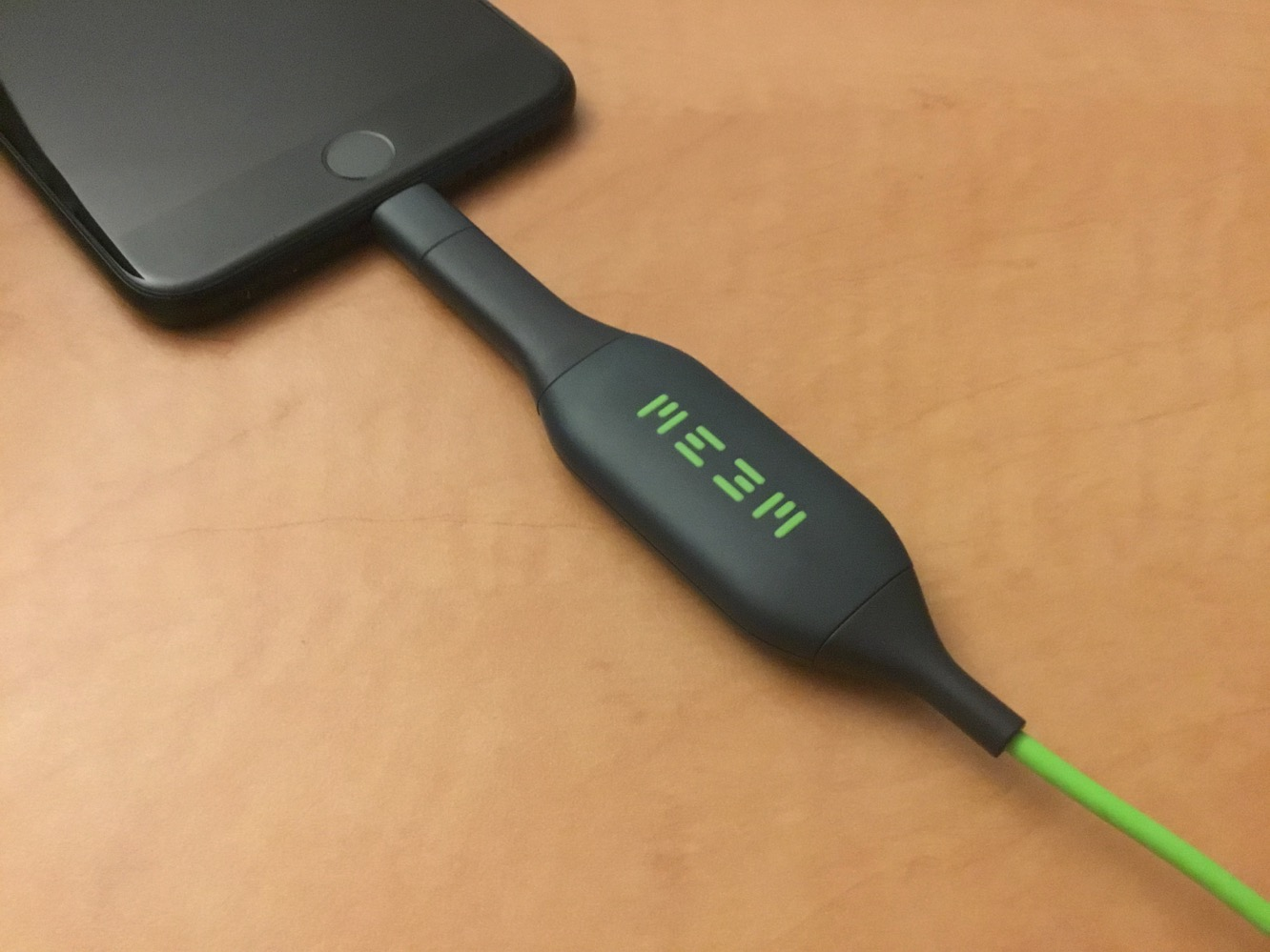 Review: Meem Memory Lightning Backup and Charging Cable