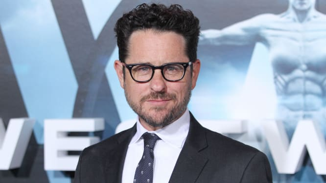 Report: Apple in bidding war with HBO for new J.J. Abrams show