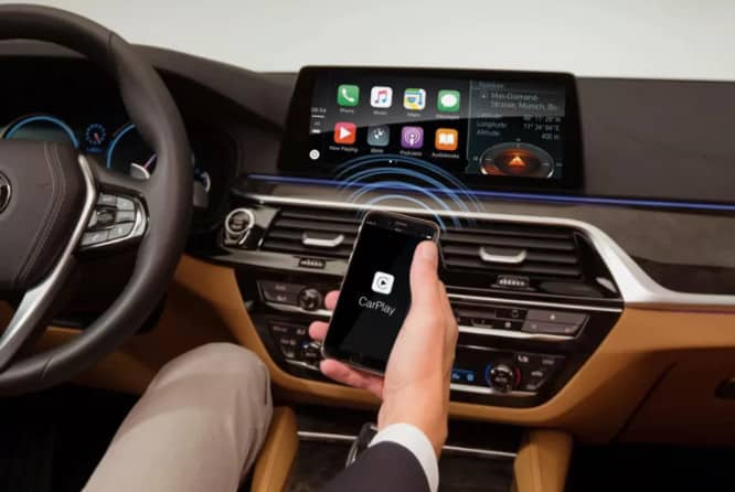 BMW to charge $80 annual fee for CarPlay in its vehicles