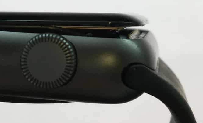 Apple will repair 42mm Apple Watch Series 2 models with swollen batteries free of charge