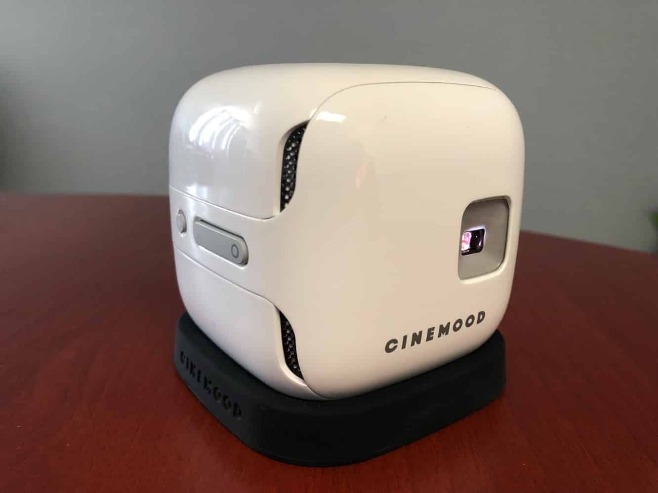 Review: Cinemood Storyteller Portable Projector