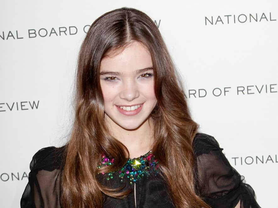 Apple orders new Emily Dickinson series with Hailee Steinfeld