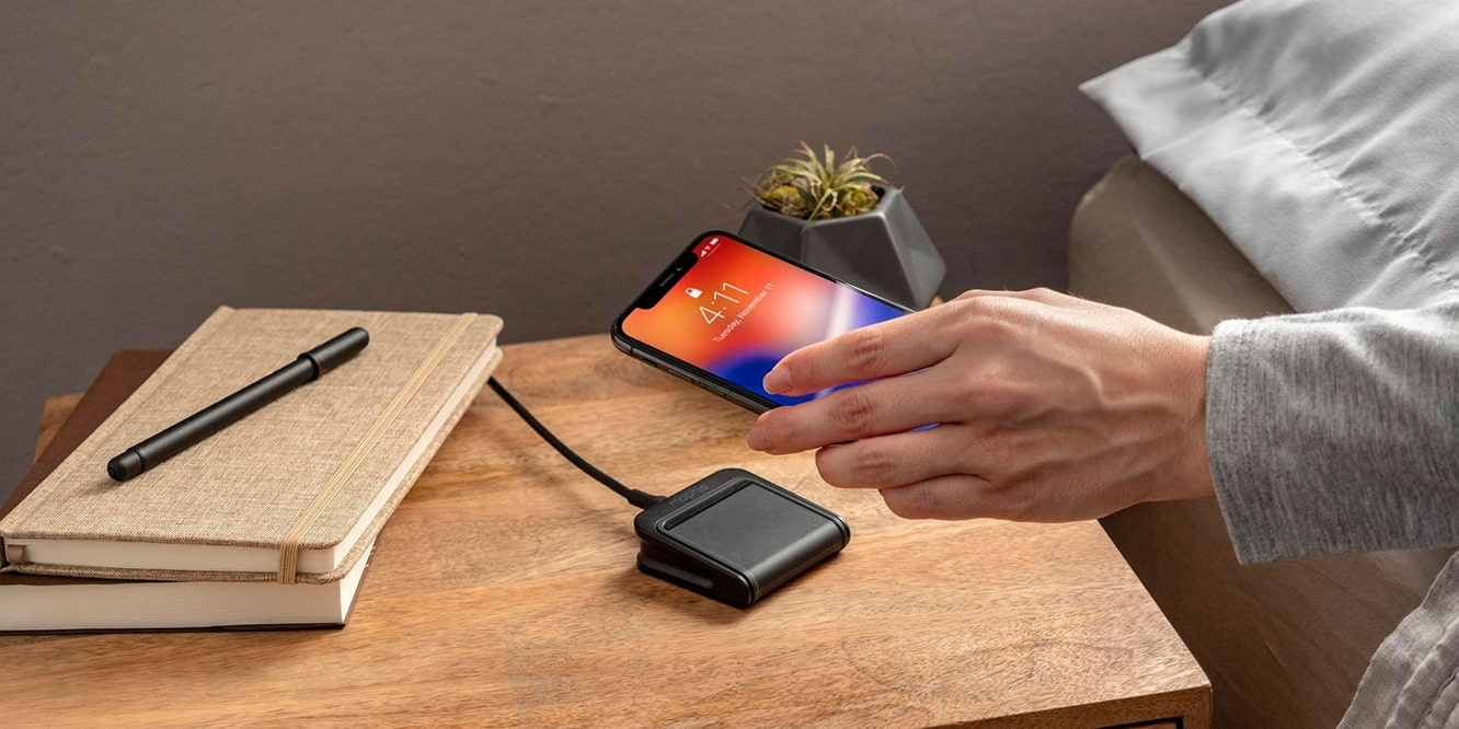 Mophie unveils new portable wireless travel charger and kit