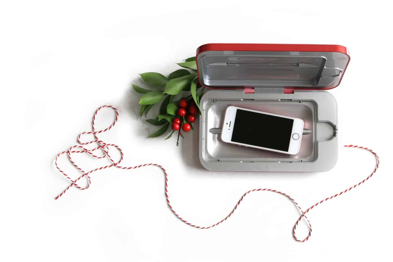 PhoneSoap 3 now available in limited edition Cranberry Red version for the holidays