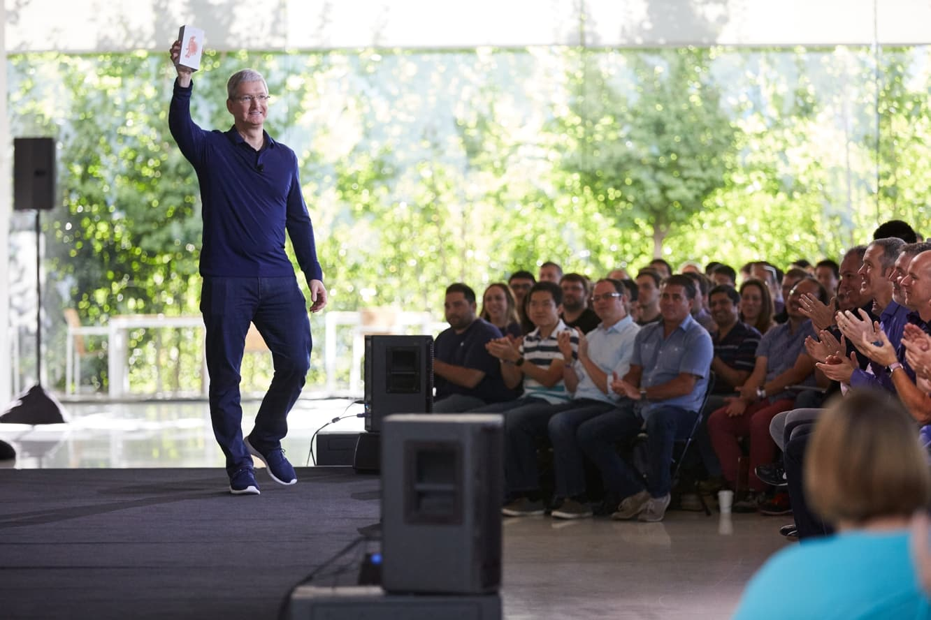 Apple to stop reporting iPhone, iPad, and Mac unit sales in Q1 2019