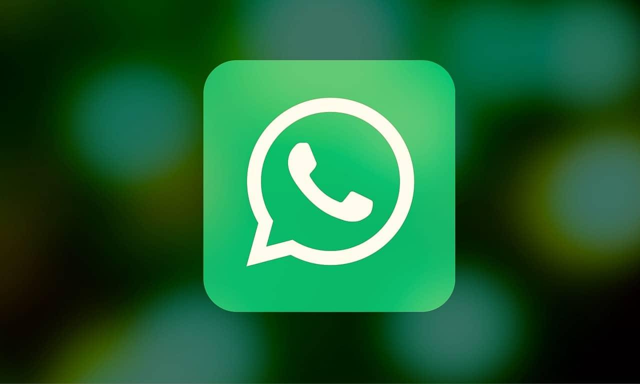 GBWhatsApp, WhatsApp Plus and YOWhatsApp will get you banned on WhatsApp