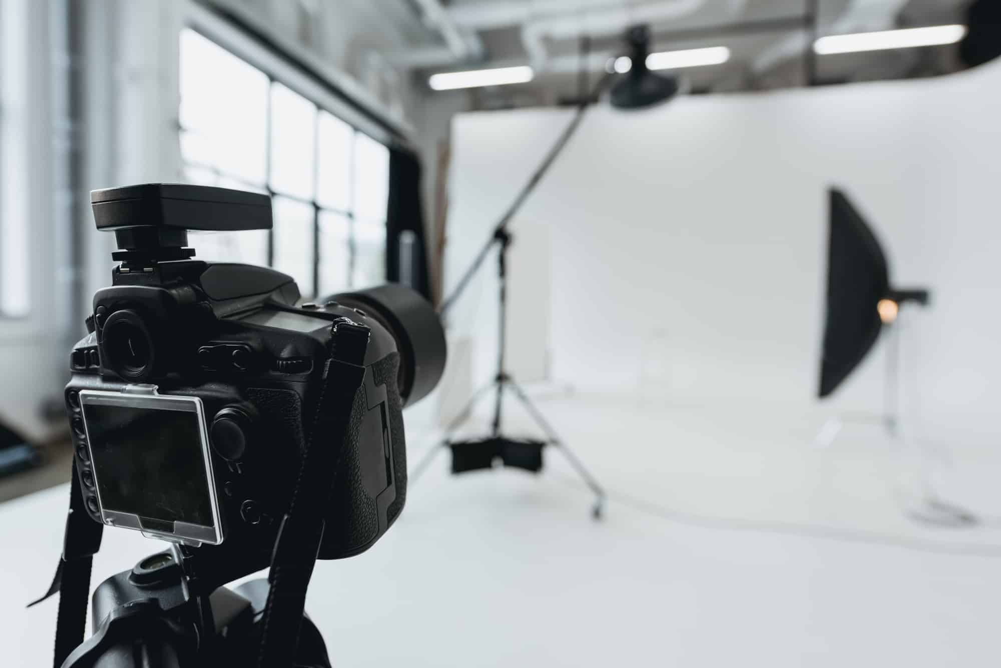 Must-have Vlogging Equipment for Beginners