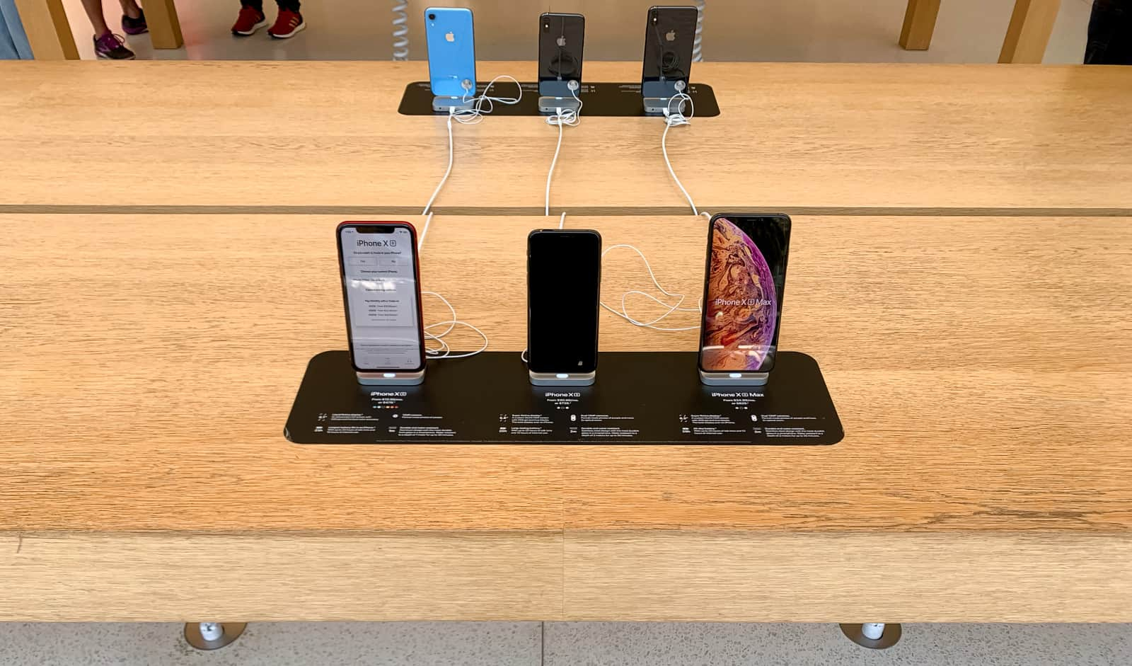 Apple Store Redesigned Image 1