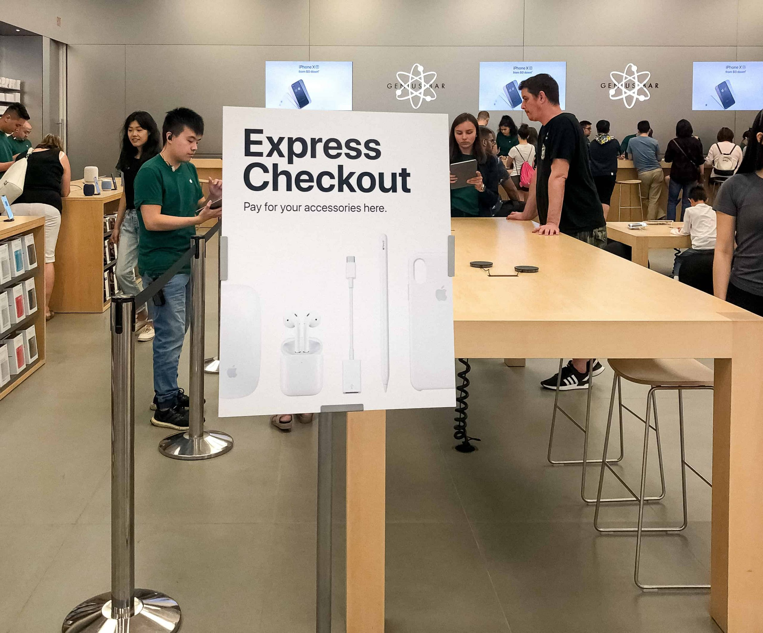 Apple Store Redesigned Image 3