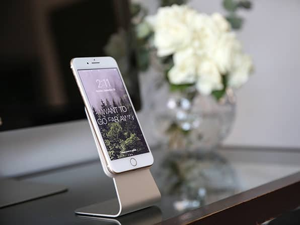 Slope Universal Stand for iPhone