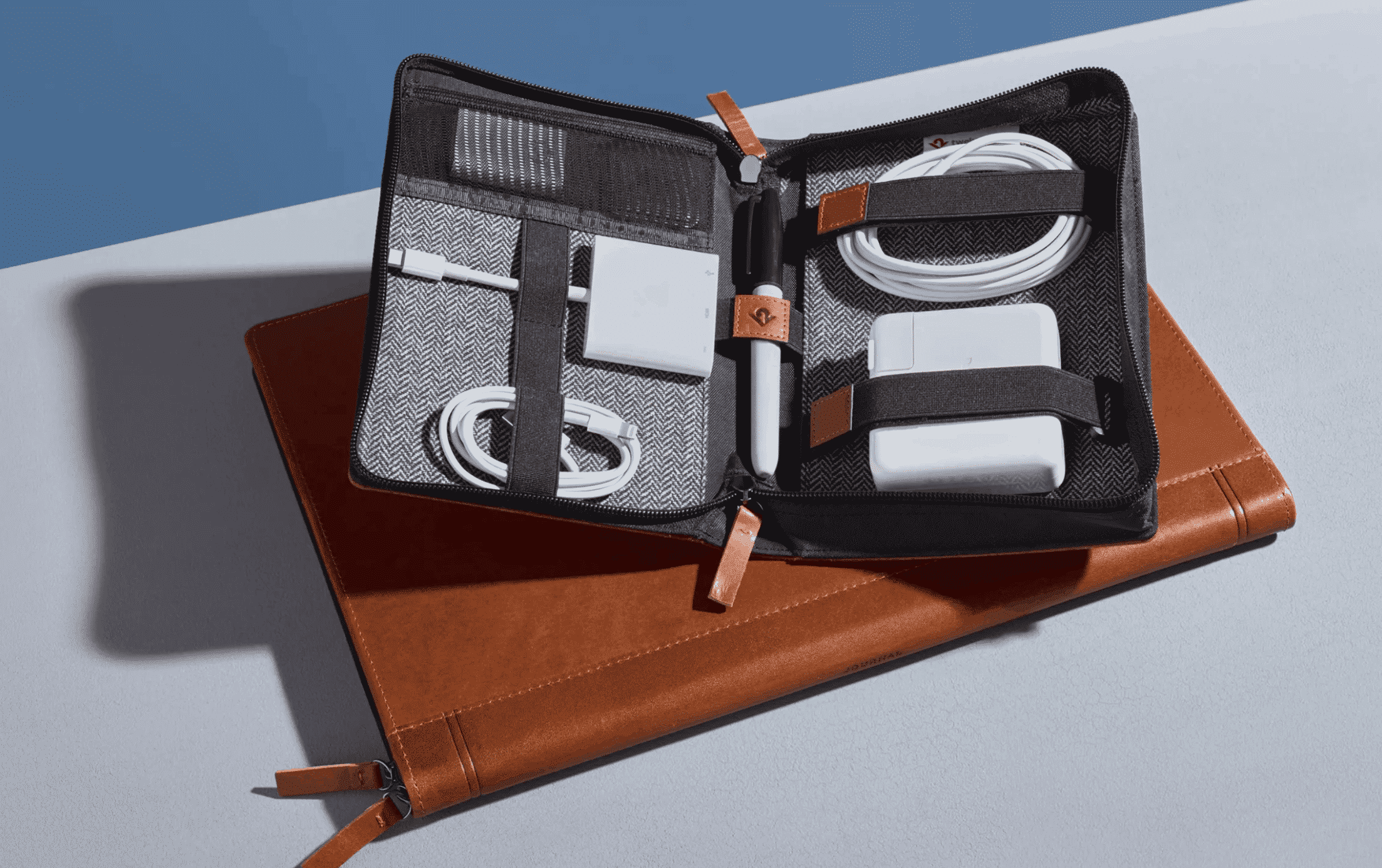 travel tote for MacBook