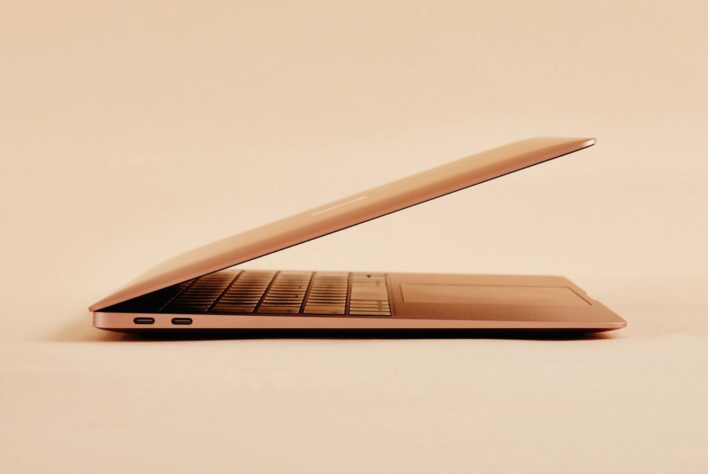 Will Apple resurrect the 12-inch MacBook?