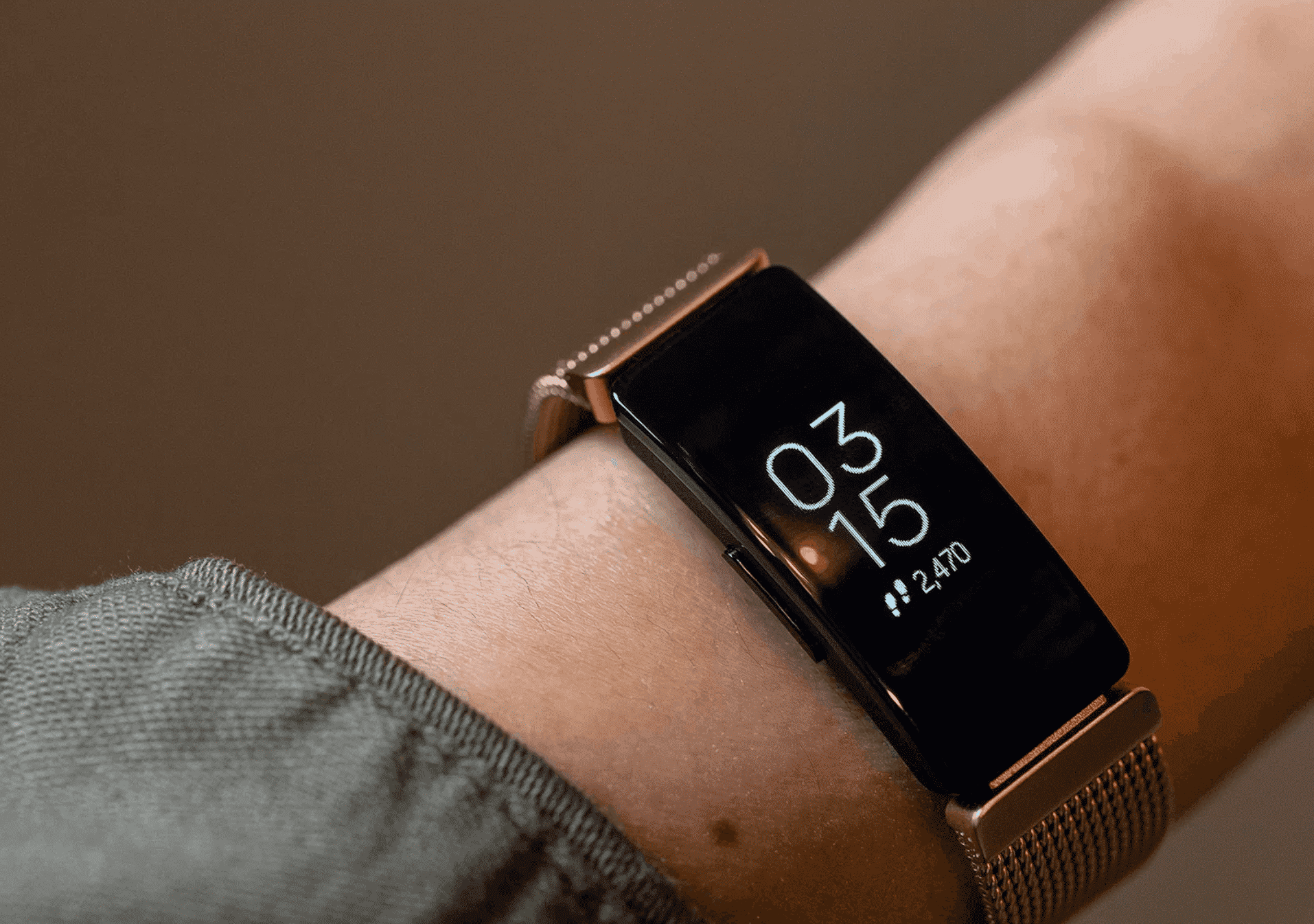 Google Acquires Fitbit for 2.1 Billion USD to Keep Up with Apple