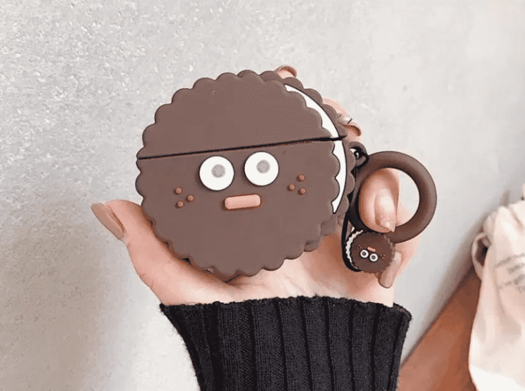 This is Super Cute 3D Silicone case for the AirPods Pro.