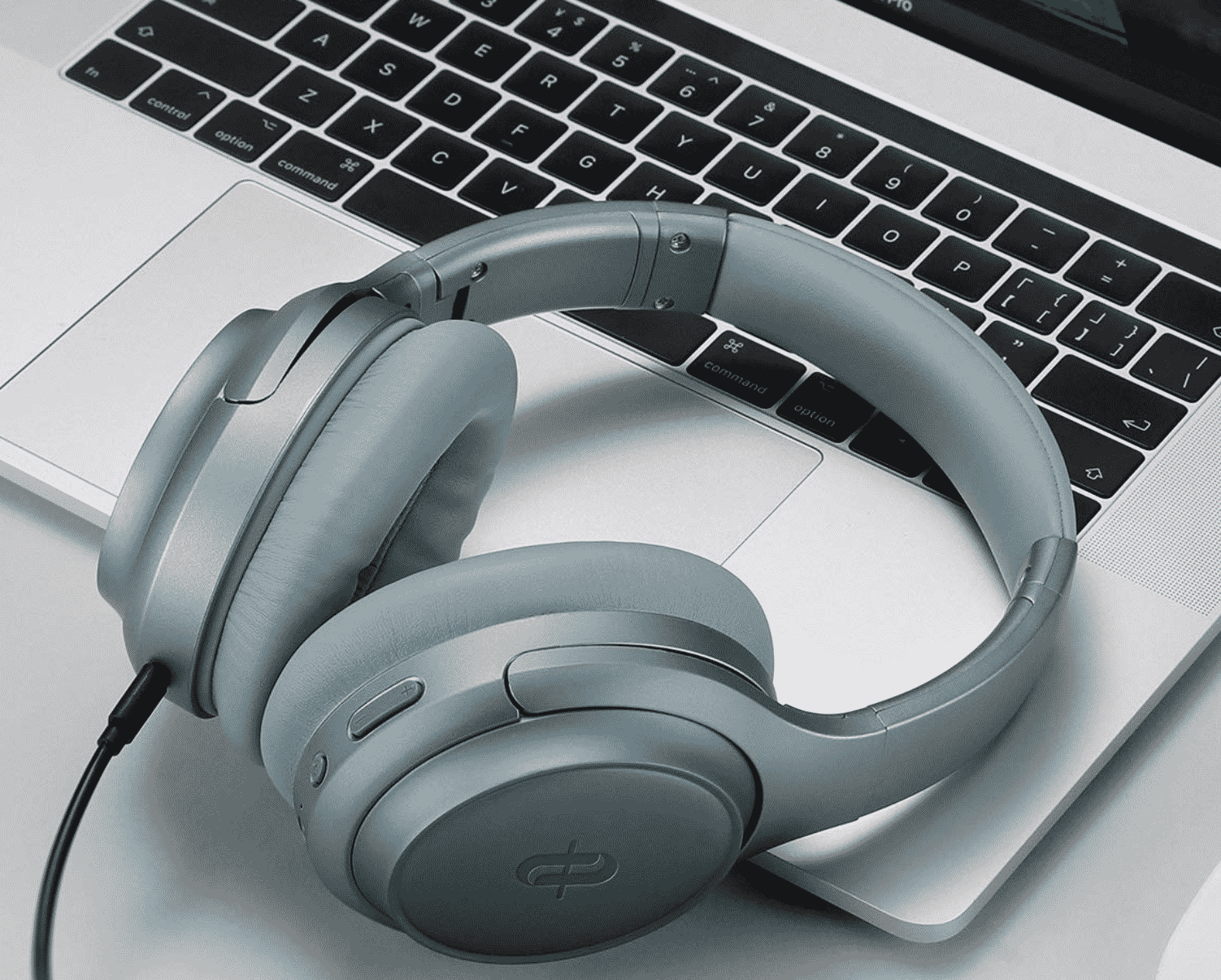 Taotronics noise cancelling headphones SoundSurge 60