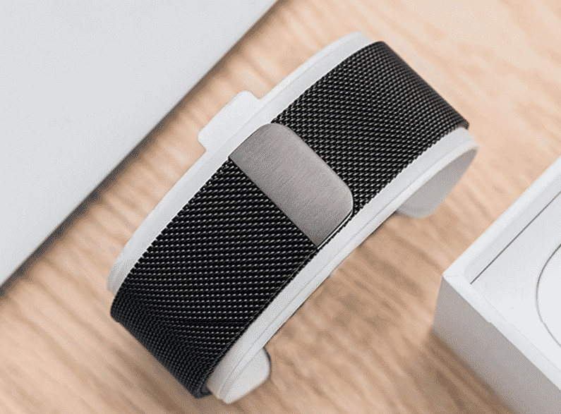 This is the Eimo Band for 44mm and 40mm Apple Watch Series 5.