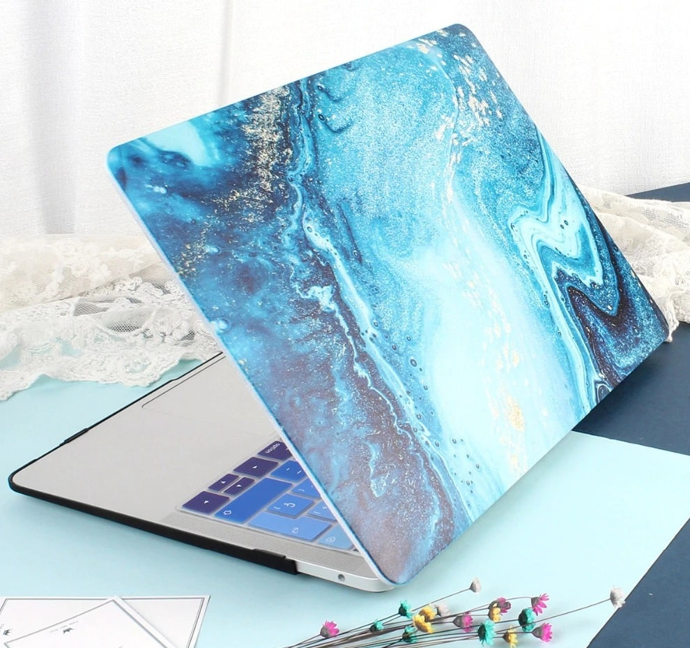 This is the Galaxy Hard MacBook Pro 16 inch case.