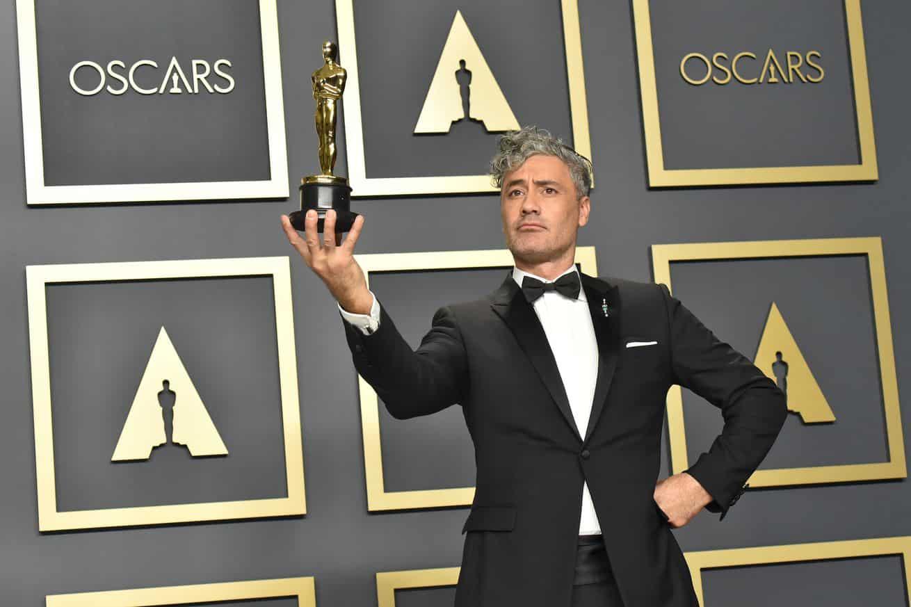 Oscar Winner Taika Waititi Throws Shade on MacBook Keyboards